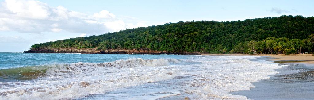 Guadeloupe_2011_-_2010-12-31_-_16-43-25_-_PANORAMA.jpg
